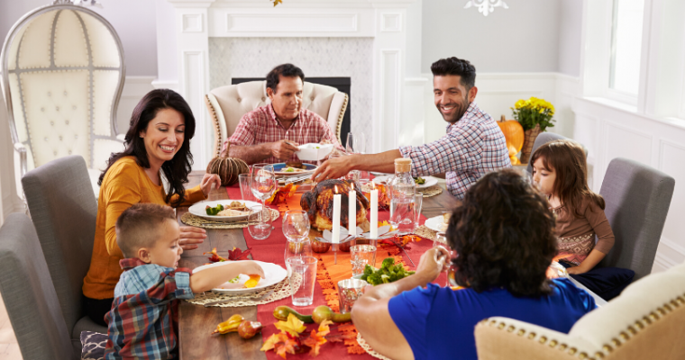 8 Ways to Stay Comfortable During Holiday Meals